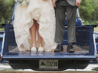 Katie and Adam's Wedding in Fayetteville, Arkansas 3