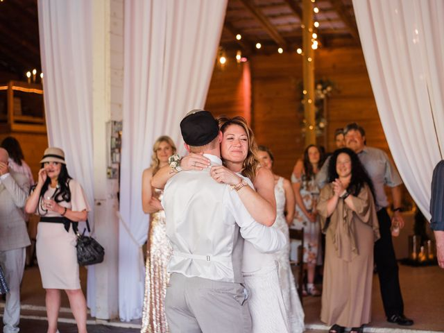 Joey and Jessica's Wedding in Mount Sterling, Ohio 17