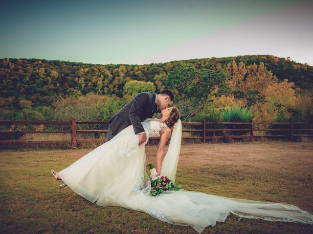 Aaron and Allie's Wedding in San Antonio, Texas 15