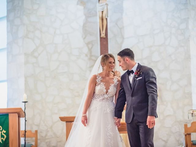 Aaron and Allie's Wedding in San Antonio, Texas 19