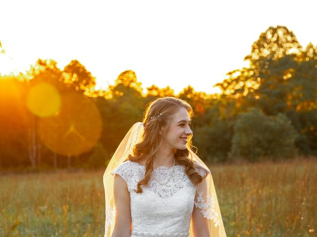 Lyndsey and Sean's Wedding in Cookeville, Tennessee 5