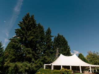 Lily and Carlo's Wedding in Oregon City, Oregon 3