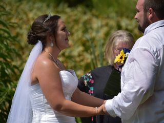 The wedding of Brooke  and Shane 2