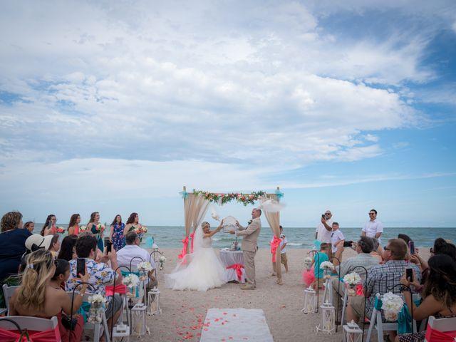 Kimberly and Aaron's Wedding in Corpus Christi, Texas 4