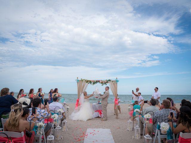 Kimberly and Aaron's Wedding in Corpus Christi, Texas 5