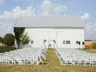 Ashley and Nick's Wedding in Circleville, Ohio 11