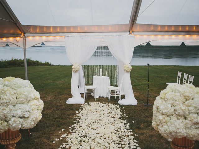 Tamar and Ritcher's Wedding in Athens, New York 9