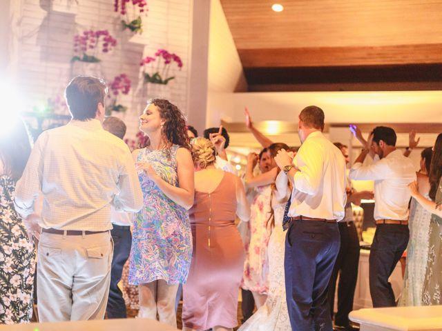 Matthew and Lindsay's Wedding in Lahaina, Hawaii 9