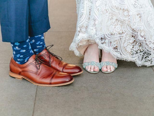 Matthew and Lindsay's Wedding in Lahaina, Hawaii 17