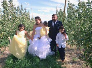 Alejandro and Rachel's Wedding in Naches, Washington 3