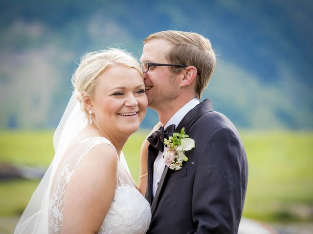 Patrick Knipple and Amy Boyd's Wedding in Crested Butte, Colorado 18