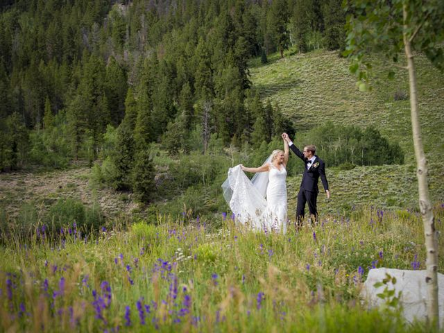 Patrick Knipple and Amy Boyd's Wedding in Crested Butte, Colorado 19