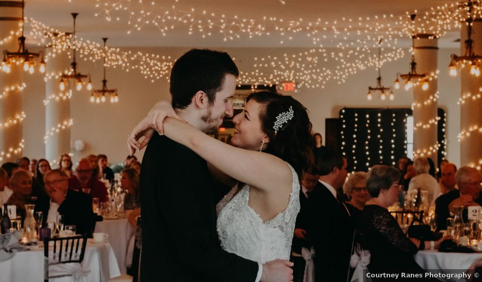Peter and Lyndsey's Wedding in Grand Rapids, Michigan
