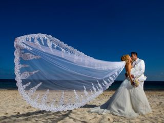 The wedding of Claire Ann Cuarteros  and Rishi Malhan