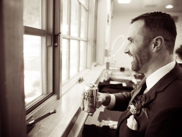 Philip and Jessica's Wedding in Bend, Oregon 30