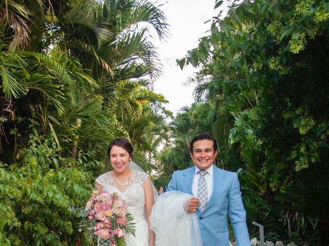 Martijn and Helena's Wedding in San Miguel de Cozumel, Mexico 7