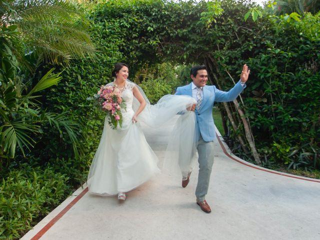 Martijn and Helena's Wedding in San Miguel de Cozumel, Mexico 8