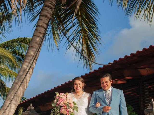 Martijn and Helena's Wedding in San Miguel de Cozumel, Mexico 11