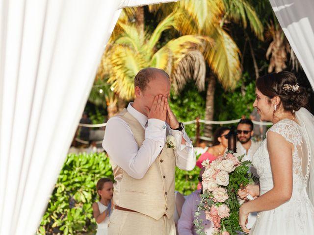 Martijn and Helena's Wedding in San Miguel de Cozumel, Mexico 14