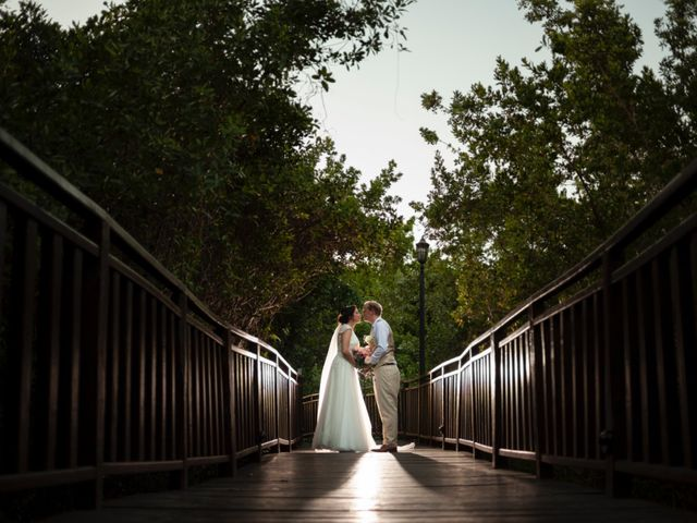 Martijn and Helena's Wedding in San Miguel de Cozumel, Mexico 28
