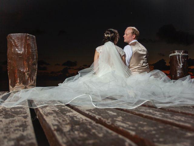 Martijn and Helena's Wedding in San Miguel de Cozumel, Mexico 35