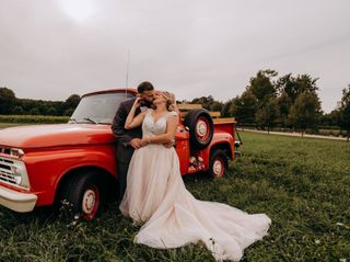 The wedding of Hana and Austin