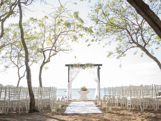 Alex and Stefanie's Wedding in Tamarindo, Costa Rica 29