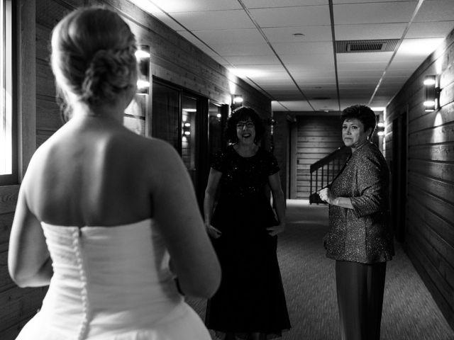 Chelsea and Michael's Wedding in Hilliard, Ohio 10