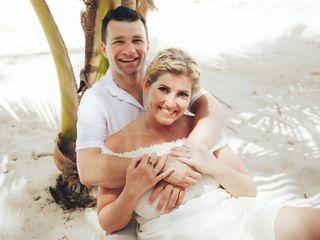 The wedding of Gabriella Szombati and Laszlo Deak