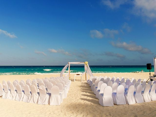 Shawn and Brittney's Wedding in Cancun, Mexico 32