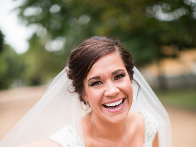 Laura and Craig's Wedding in Springfield, Illinois 5