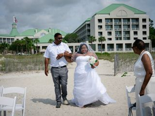 Shanteria and Rashad's Wedding in Hilton Head Island, South Carolina 3