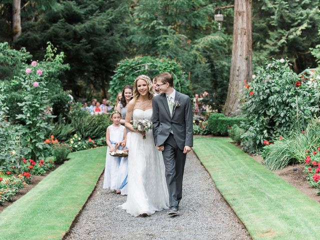 Jessica and Logan's Wedding in Bellingham, Washington 19