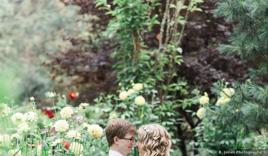 Jessica and Logan's Wedding in Bellingham, Washington