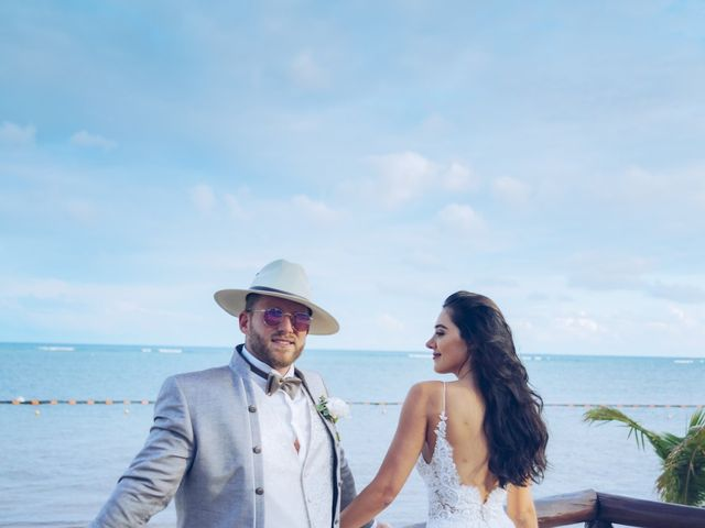 Leo and Marisa's Wedding in Cancun, Mexico 39
