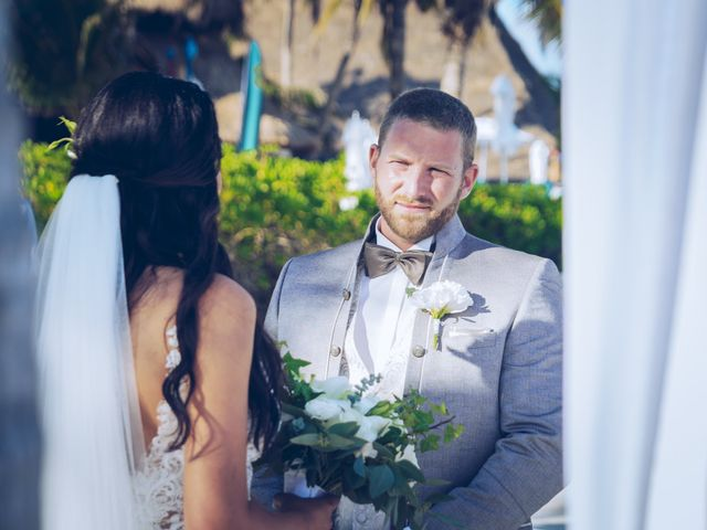 Leo and Marisa's Wedding in Cancun, Mexico 18