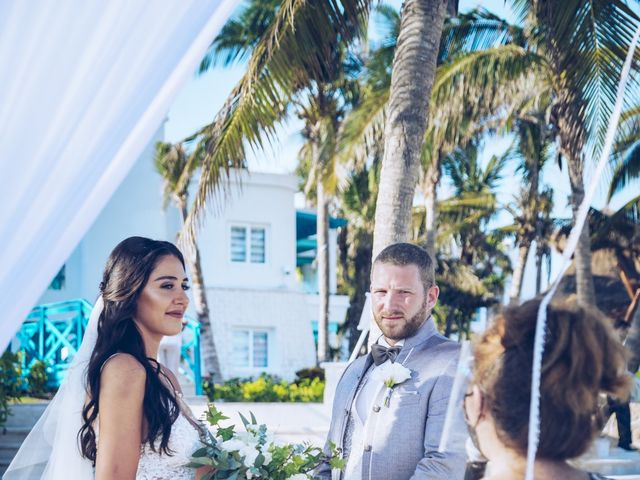 Leo and Marisa's Wedding in Cancun, Mexico 19