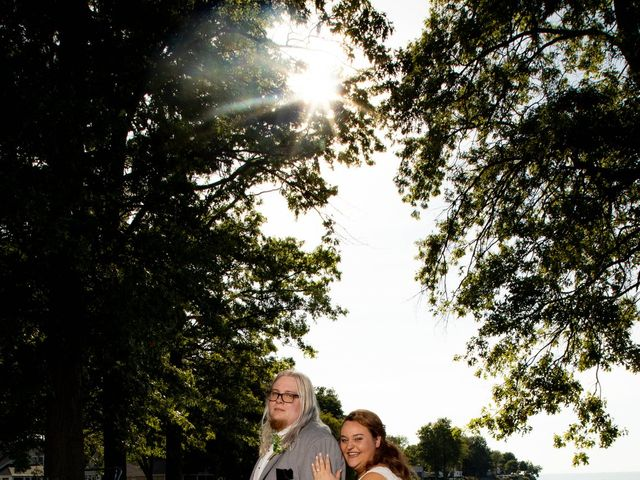 Will and Sarah's Wedding in Vermilion, Ohio 10