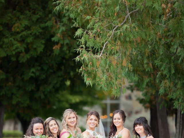 Dustin and Amber's Wedding in Green Bay, Wisconsin 9