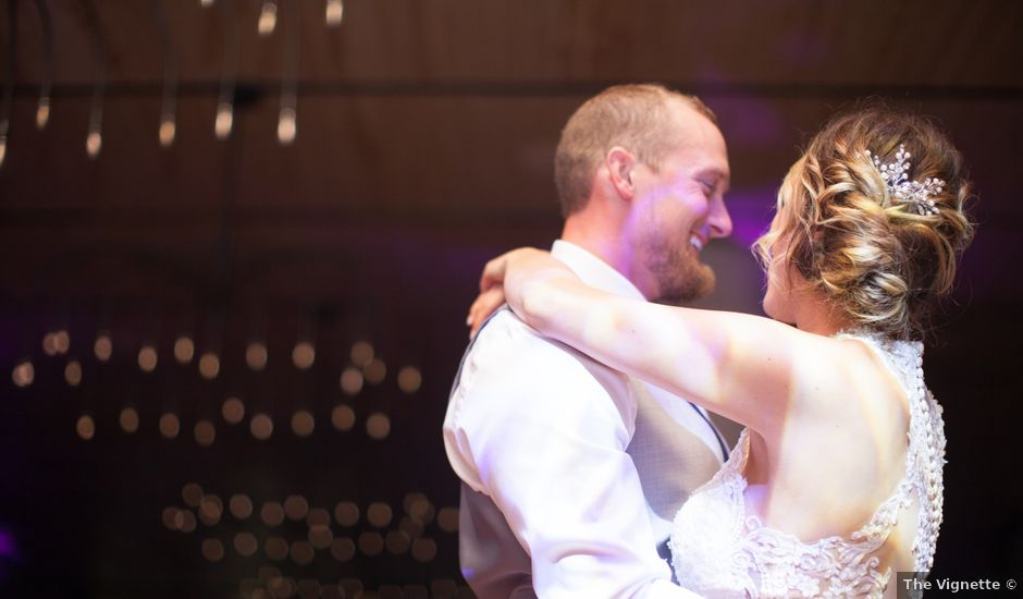 Dustin and Amber's Wedding in Green Bay, Wisconsin