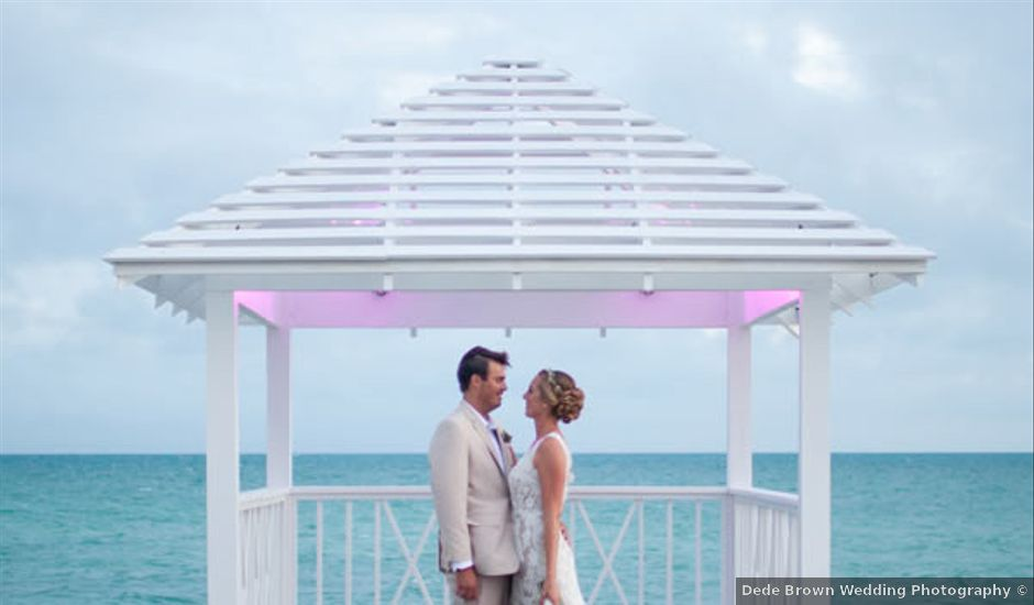 Brianne and Heath's Wedding in Nassau, Bahamas