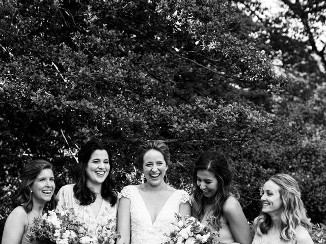 Vincent and Amy 's Wedding in Bronx, New York 9