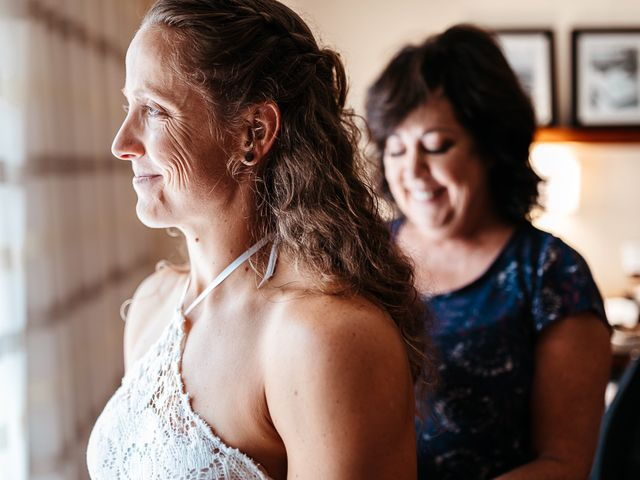 Michelle and Lauren's Wedding in Memphis, Tennessee 12