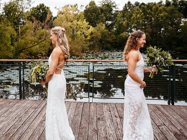 Michelle and Lauren's Wedding in Memphis, Tennessee 25