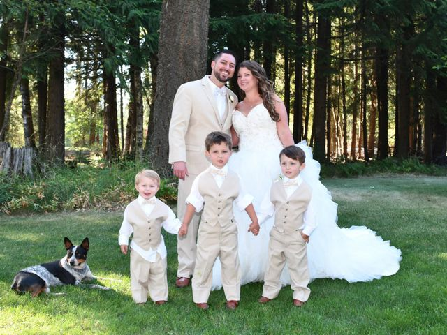 Chad and Rebeca's Wedding in Sandpoint, Idaho 12