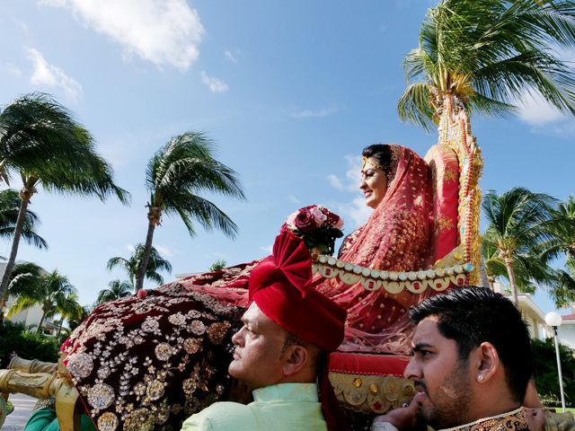 Mrugesh and Saachi's Wedding in Cancun, Mexico 36