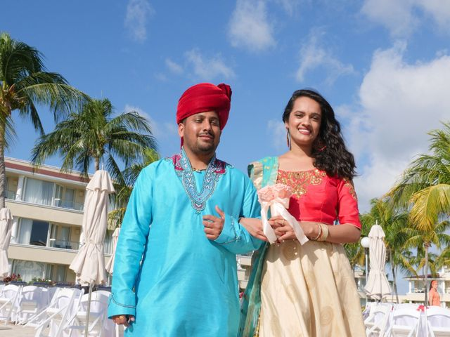 Mrugesh and Saachi's Wedding in Cancun, Mexico 38