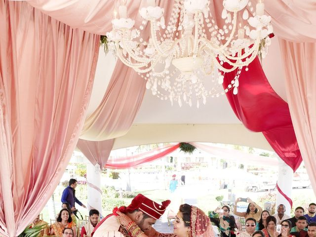 Mrugesh and Saachi's Wedding in Cancun, Mexico 45