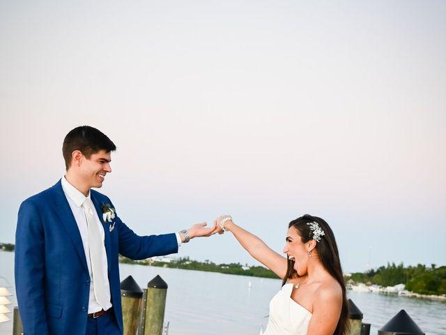 TOM and STEPHANIE's Wedding in Key Largo, Florida 10