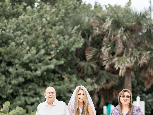 Johanna and Daniel's Wedding in St. Pete Beach, Florida 3